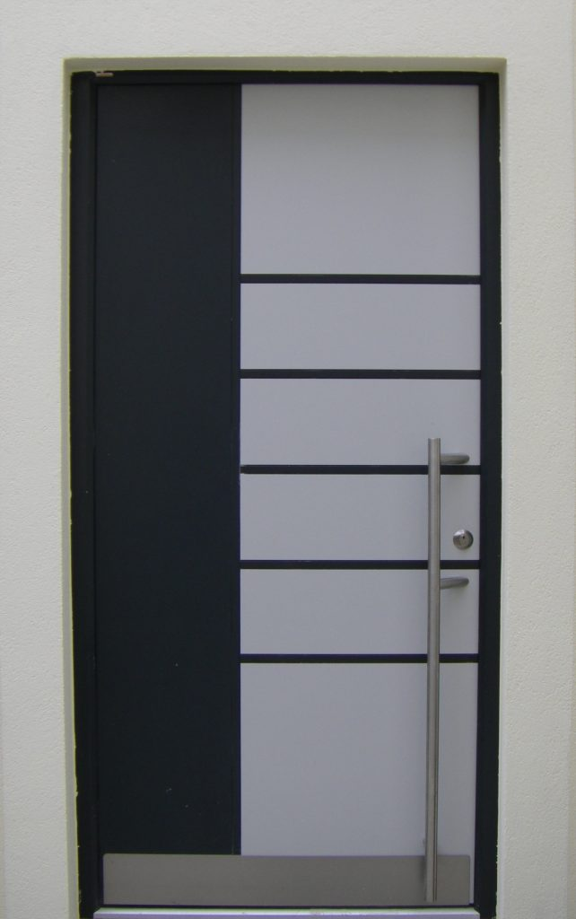 Menuiserie: Pose Et Installation De Porte D'Entrée À Dijon